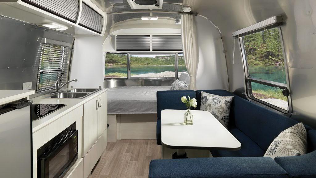2020-Airstream-Bambi-Ocean-Decor-Galley-B2F-1024x576